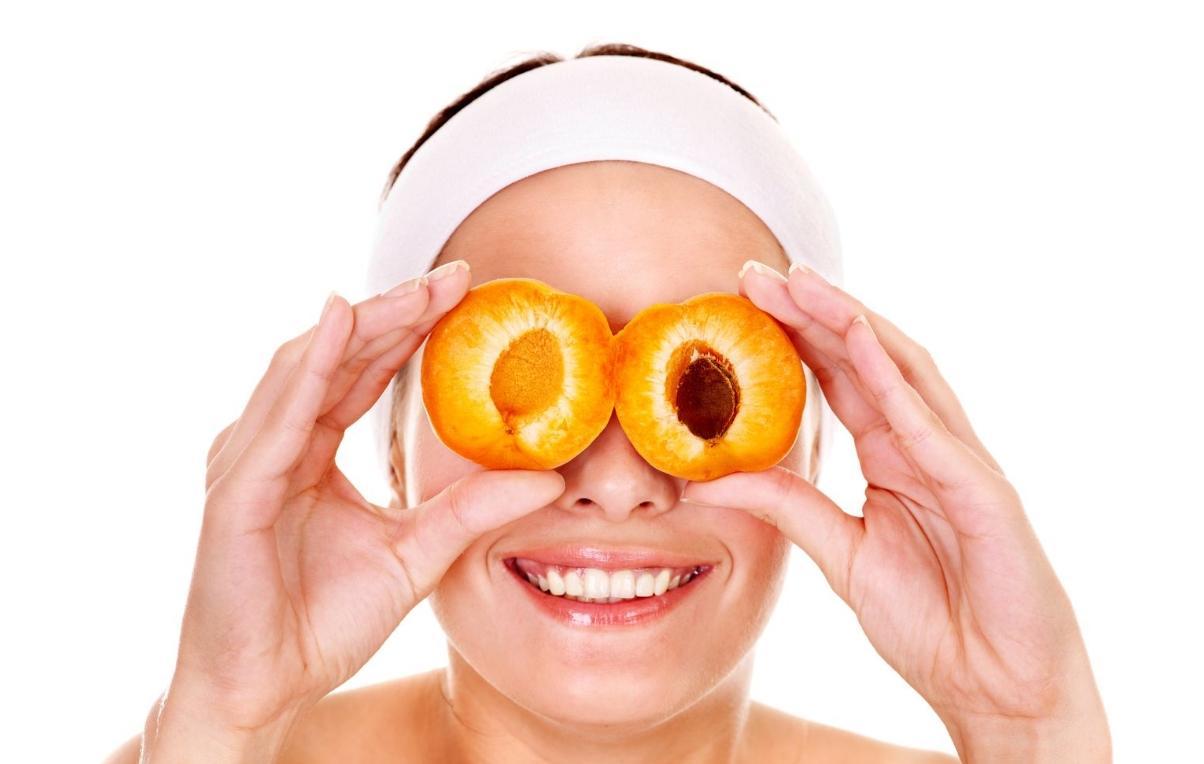 польза косточек абрикоса для глаз