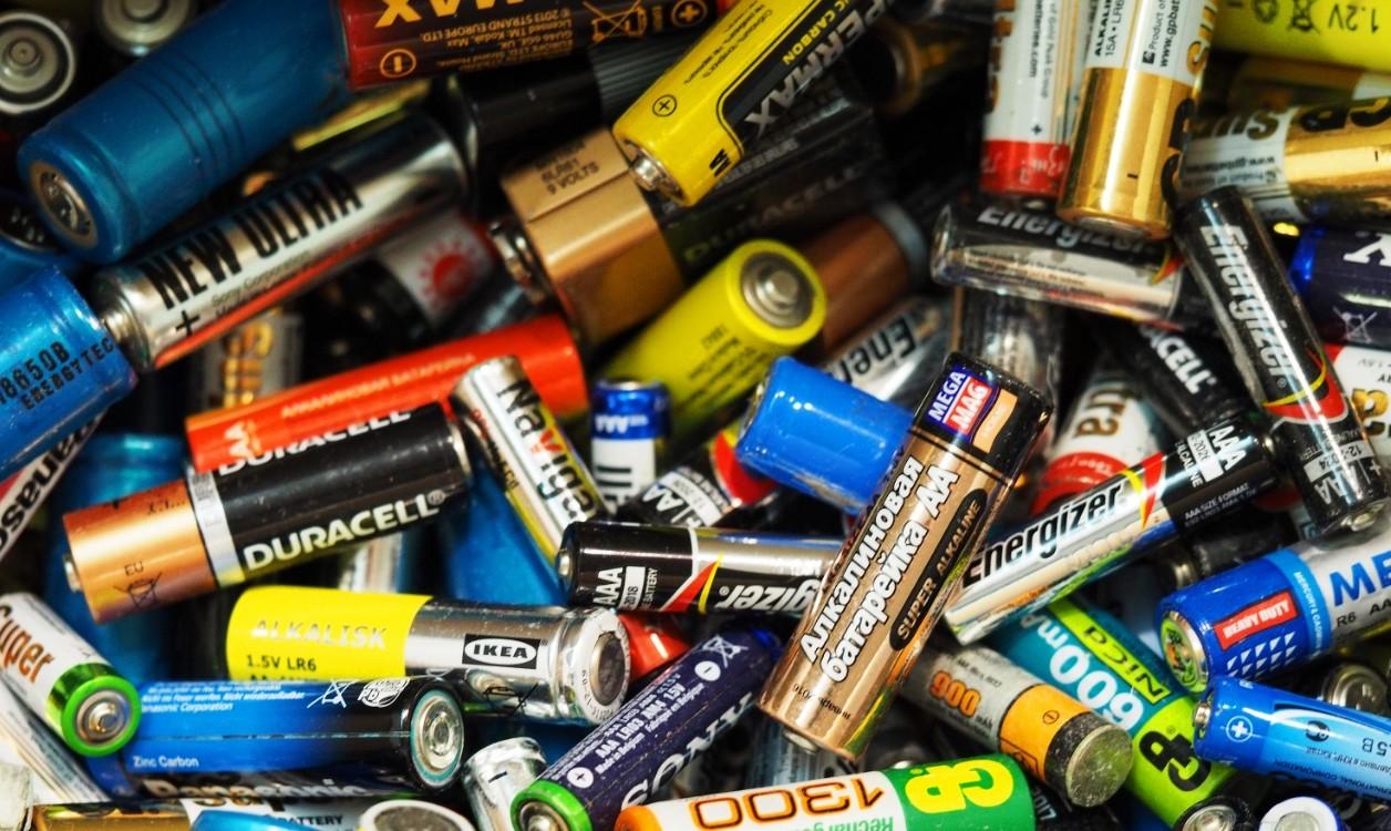 разные виды батареек
