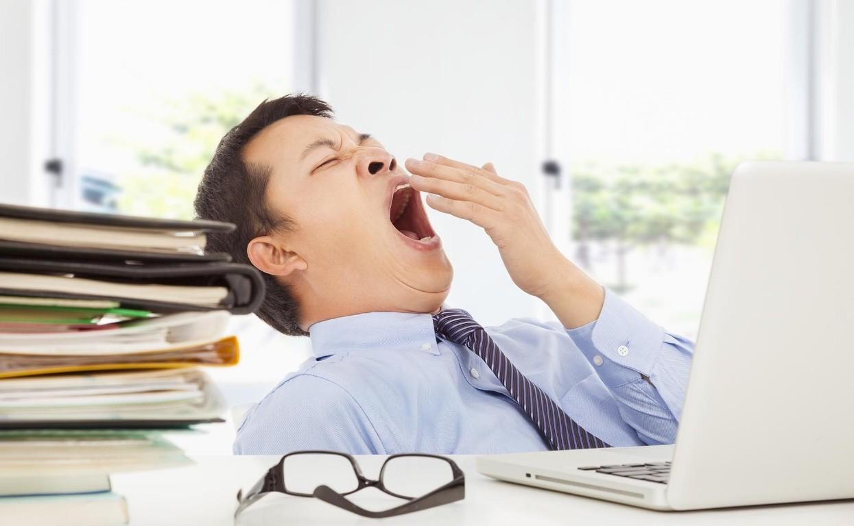 сдефицит В12 вызывает усталость