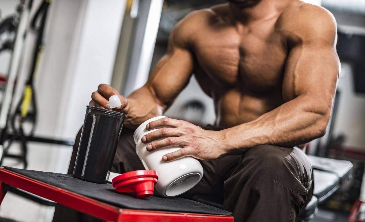 прием казеинового протеина для набора мышечной